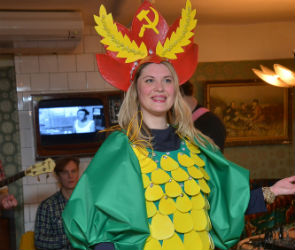 На маскараде в The СоVоk выбрали «Кукурузу - царицу полей»