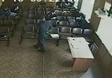 Командиры, избившие участкового под видеокамерами, остались безнаказанными