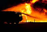 В Воронеже при пожаре на теплотрассе в переулке Здоровья сгорел бездомный