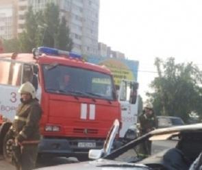Воронежец на «Ниссане» сбил ребенка и врезался в КамАЗ: есть пострадавшие