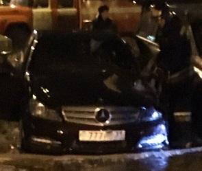 Сгоревший в Воронеже Mercedes принадлежал белгородскому бизнесмену