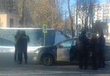 В Воронеже полицейский, спешащий к жене в роддом, врезался в авто журналистки