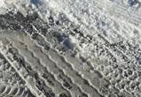 Под Воронежем под колесами застрявшей в снегу фуры погиб водитель