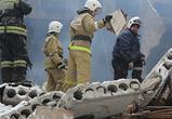 Появились фото с места разбора завалов после взрыва и пожара в сауне в Воронеже