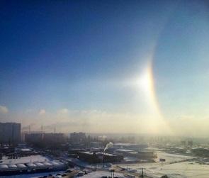 Воронежцы увидели в небе гало