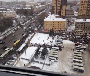 Полиция оцепила автовокзал Воронежа из-за сообщения о подозрительном предмете