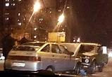 На окружной дороге в Воронеже «Нива» на встречке влетела в ВАЗ-2112
