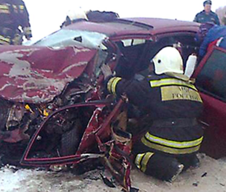 Стали известны подробности смертельного ДТП с тремя машинами под Воронежем