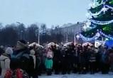 Появилось видео со съемок новогоднего клипа Сергея Шнурова в Воронеже