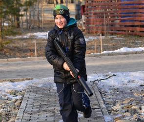 В лазертаг в Воронеже на каникулах можно поиграть со скидкой 50%