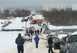 В пригороде Воронежа развели понтонный мост