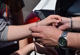 В Воронеже молодую мать двоих детей задержали за ограбление супермаркета