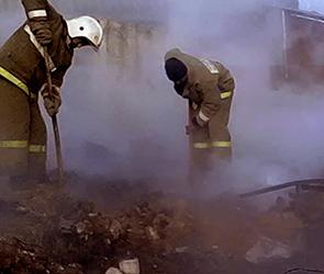 Появились фото пожара под Воронежем, где погиб второй за сутки человек