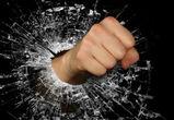 Под Воронежем водитель устроил драку на дороге и ограбил оппонента