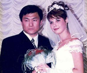 «Жизнь после свадьбы с акцентом»: история любви Владимира и Наталии Хван