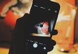 В Воронеже школьник под видом покупателя подменил рабочий IPhone сломанным