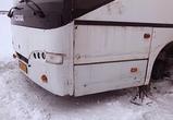 Появились фото спасения людей, замерзавших под Воронежем в сломанном автобусе