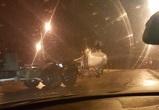 На видео попал бомбардировщик Су-24, передвигавшийся по улицам Воронежа