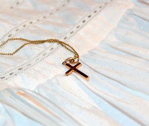 Сотрудница воронежского детсада украла у ребенка золотой крестик