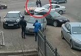 ДТП и драка двух автомобилистов на улице Транспортной попали на видео