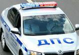 В Воронеже пьяный водитель пытался задавить инспектора ДПС