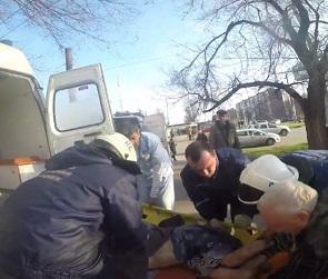 Появилось видео спасения женщины, провалившейся в колодец теплотрассы в Воронеже