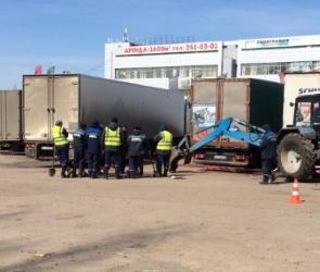Воронежские полицейские разгоняли забастовку дальнобойщиков против «Платона»
