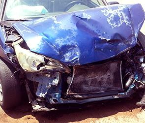 Под Воронежем Форд вылетел с дороги и разбился, серьезно ранены четыре человека