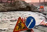 Возмущенные воронежцы публикуют видео озера, образовавшегося из-за прорыва трубы
