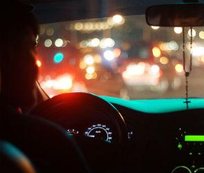 Воронежцу сломали челюсть за громкую музыку в машине в 4 утра
