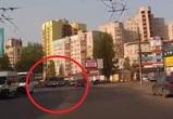 Воронежец снял на видео опасные гонки маршрутчиков
