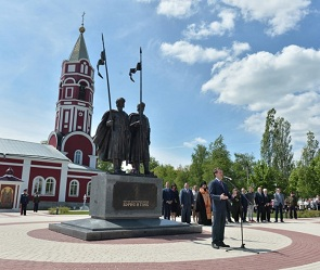 В Воронежской области появился 7-метровый памятник Борису и Глебу