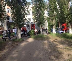 В Воронеже из-за сильного задымления эвакуировали поликлинику