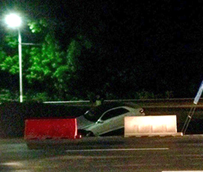 Воронежцы сняли ДТП у парка Олимпик, где разбились Мерседес и BMW X5