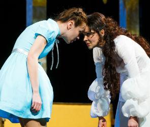 Премьера в Театре драмы «Месяц в деревне»: любовь нечаянно нагрянет