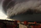 Очевидцы публикуют фото и видео урагана в Москве: 11 погибших и 70 раненых