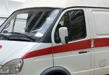 В Воронеже грузовик врезался в автобус: пострадала девушка