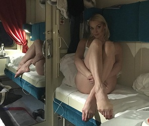 Почти голая Волочкова сфотографировалась в купе поезда «Воронеж-Москва»