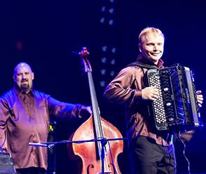 В Воронеже холодная погода стала причиной отмены концерта в Зеленом театре