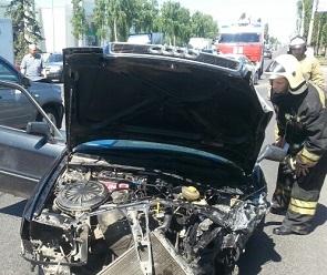 На улице Димитрова столкнулись 4 машины: один из виновников ДТП сбежал