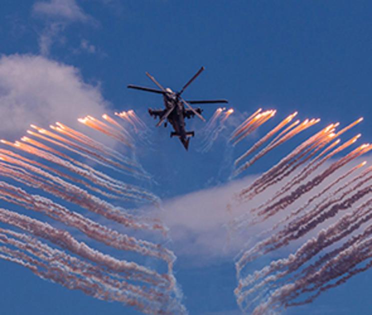 Воронежцы увидят авиашоу над Адмиралтейской площадью
