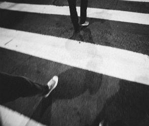 В Воронеже сбили двух пешеходов: парень тяжело ранен, девушка погибла
