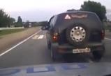 Погоня за пьяным водителем внедорожника на подъезде к Воронежу попала на видео