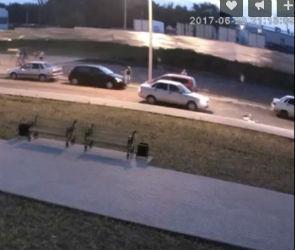 ДТП со сбитым ребенком на улице Ильюшина попало на видео