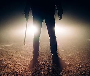 Воронежцу дали условный срок за стрельбу и вымогательство с оружием на кладбище