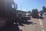 В Павловском районе «семерка» врезалась в фуру: погиб один человек