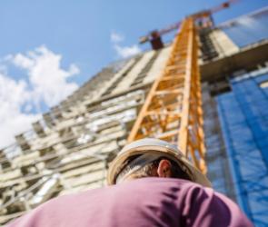 Из-за кризиса 7% работников строительной отрасли Воронежа за год лишились работы