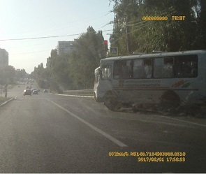 Опасные гонки маршрутчиков в Воронеже снова попали на видео