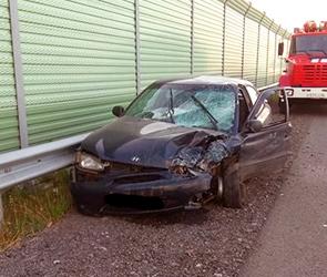 Появилось фото аварии на М4 под Воронежем: разбилась иномарка, ранена девушка
