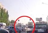 Появилось видео ДТП на Ворошилова в Воронеже: маршрутка насмерть сбила человека